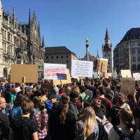 Demonstrationen zur Urheberrechtsreform am Marienplatz München
